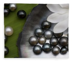 Black Pearls And Tiare Flower Fleece Blanket