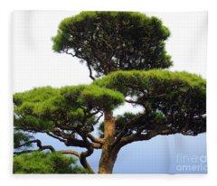 Black Pine Japan Fleece Blanket