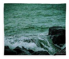 Black Rocks Seascape Fleece Blanket