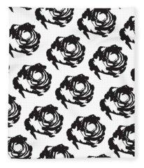 Black Rose Pattern Fleece Blanket
