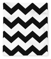 Black White Geometric Pattern Fleece Blanket