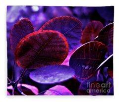 Bleeding Violet Smoke Bush Leaves - Pantone Violet Ec Fleece Blanket