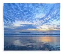 Beach Home Blues Fleece Blanket