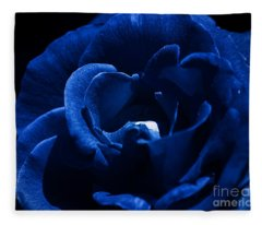 Blue Blue Rose Fleece Blanket