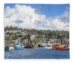 Boats In Yaquina Bay Fleece Blanket