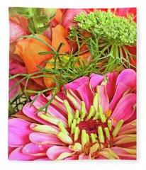 Bouquet Parfait Fleece Blanket