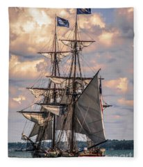 Brig Niagara I Fleece Blanket