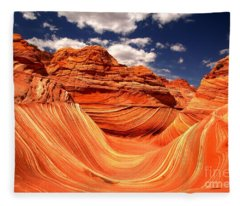 Brilliant Colors At The Wave Fleece Blanket