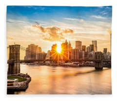 Brooklyn Bridge And The Lower Manhattan Skyline At Sunset Fleece Blanket