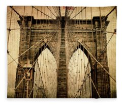 Brooklyn Bridge Nostalgia Fleece Blanket