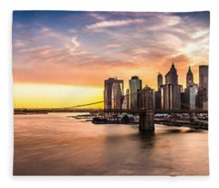Brooklyn Bridge Panorama Fleece Blanket