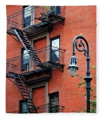 Brooklyn Heights Cobble Hill Typical Brick Facade - New York City Fleece Blanket