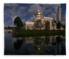 Brunei Mosque Fleece Blanket