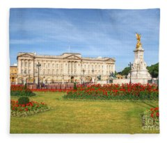 Buckingham Palace And Garden Fleece Blanket