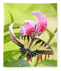 Butterfly And Lily Fleece Blanket