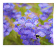 Buzzing Around Fleece Blanket