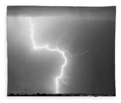 C2g Lightning Strike In Black And White Fleece Blanket