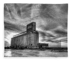 Cargill Sunset In B/w Fleece Blanket