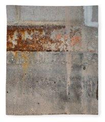 Carlton 16 Concrete Mortar And Rust Fleece Blanket
