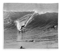 Catch A Wave Bw Fleece Blanket