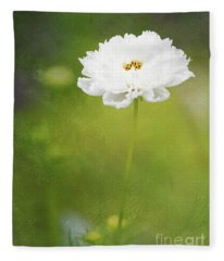 Charming White Cosmos Fleece Blanket