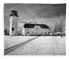 Chatham Light Black And White Fleece Blanket