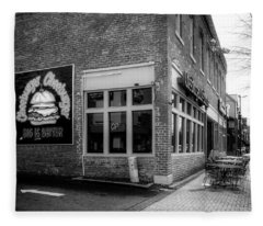 Cheeburger Cheeburger Of Chattanooga In Black And White Fleece Blanket