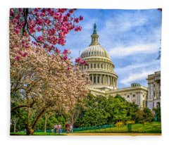 Cherry Blossoms At The Capitol Fleece Blanket