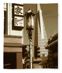 San Francisco Chinatown And Pyramid Fleece Blanket