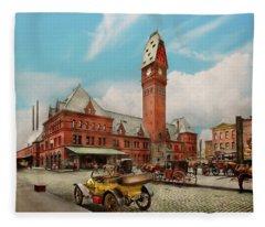 City - Chicago Ill - Dearborn Station 1910 Fleece Blanket