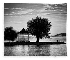 Claytor Lake Gazebo - Black And White Fleece Blanket