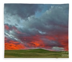 Cloud And Wheat At Sunset Fleece Blanket
