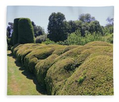 Cloud Pruned Hedge Fleece Blanket