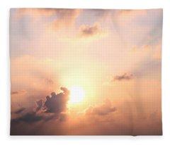Cloudy Pink Sky Fleece Blanket