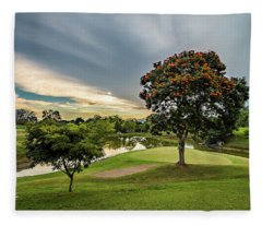 Club Campestre Fleece Blanket