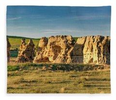 Cluster Of Rocks Fleece Blanket