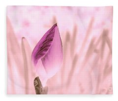 Color Trend Flower Bud Fleece Blanket