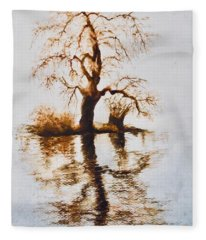 Como Lake Reflections Fleece Blanket