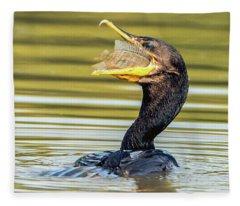 Cormorant With Fish 0977-111217-1cr Fleece Blanket