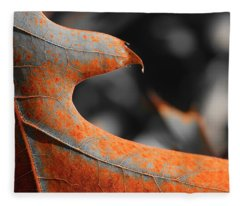 Cougar Rusty Leaf Detail Fleece Blanket