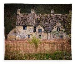 Country Retreat Fleece Blanket