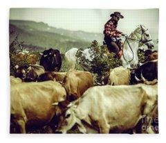 Cowboy On Cattle Round Fleece Blanket