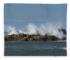Crashing Waves And Gulls Fleece Blanket