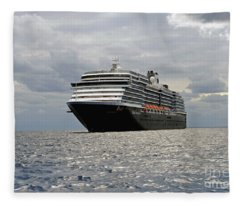 Cruise Sip On The Open Sea Fleece Blanket