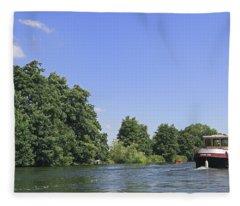 Cruising The Thames Fleece Blanket