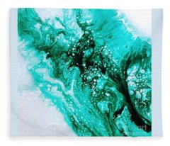 Crystal Wave2 Fleece Blanket