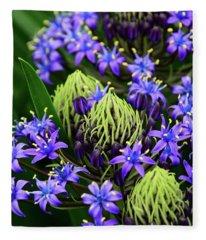 Cuban Lily - Vertical Fleece Blanket