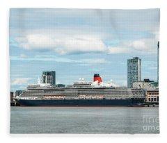 Cunard's Queen Elizabeth At Liverpool Fleece Blanket