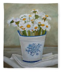 Daisies And Porcelain Fleece Blanket