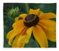 Daisy 3 Fleece Blanket